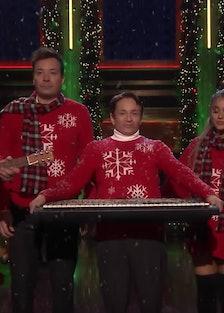 Ariana Grande - SNL Christmas sketch