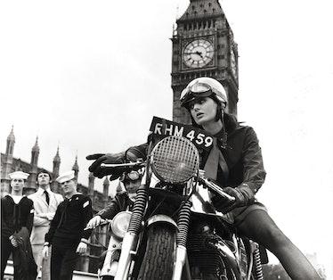 Gone_by_times-Renee_Westminster Bridge.jpg