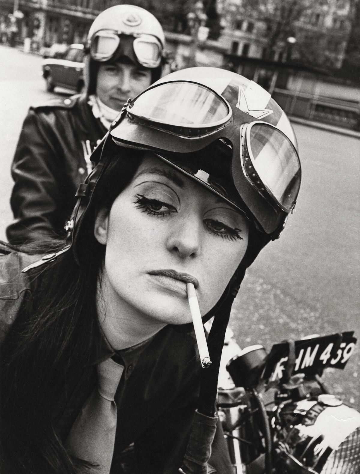 Live it to the hilt – Renee, Westminster Bridge, 1968.jpg