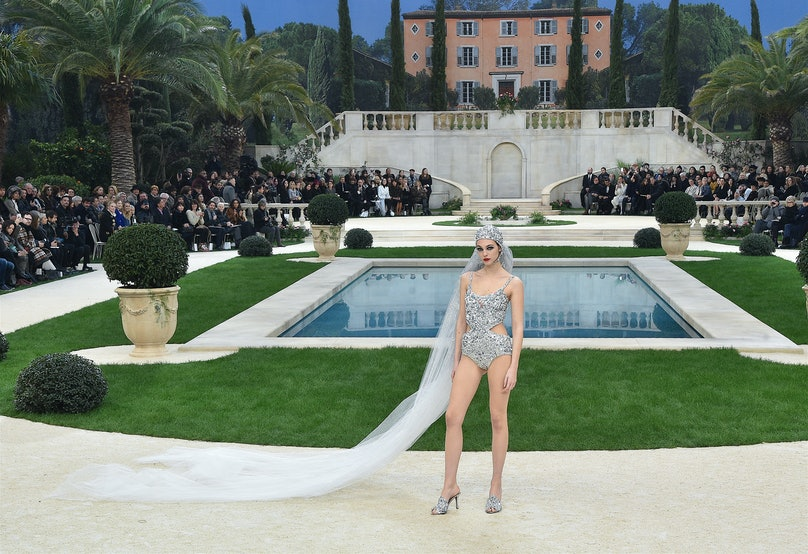 Chanel : Runway - Paris Fashion Week -Haute Couture Spring/Summer 2019