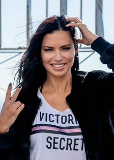 Empire State Building Hosts Angel Adriana Lima In Celebration Of The 2018 Victoria's Secret Fashion ...