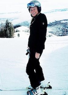 gwyneth-paltrow-skiing.jpg