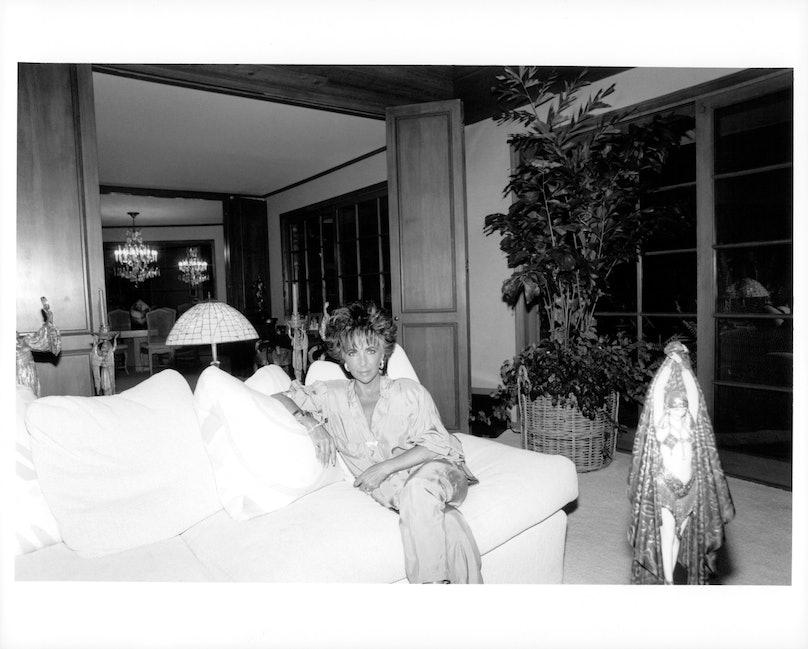 Elizabeth Taylor at home