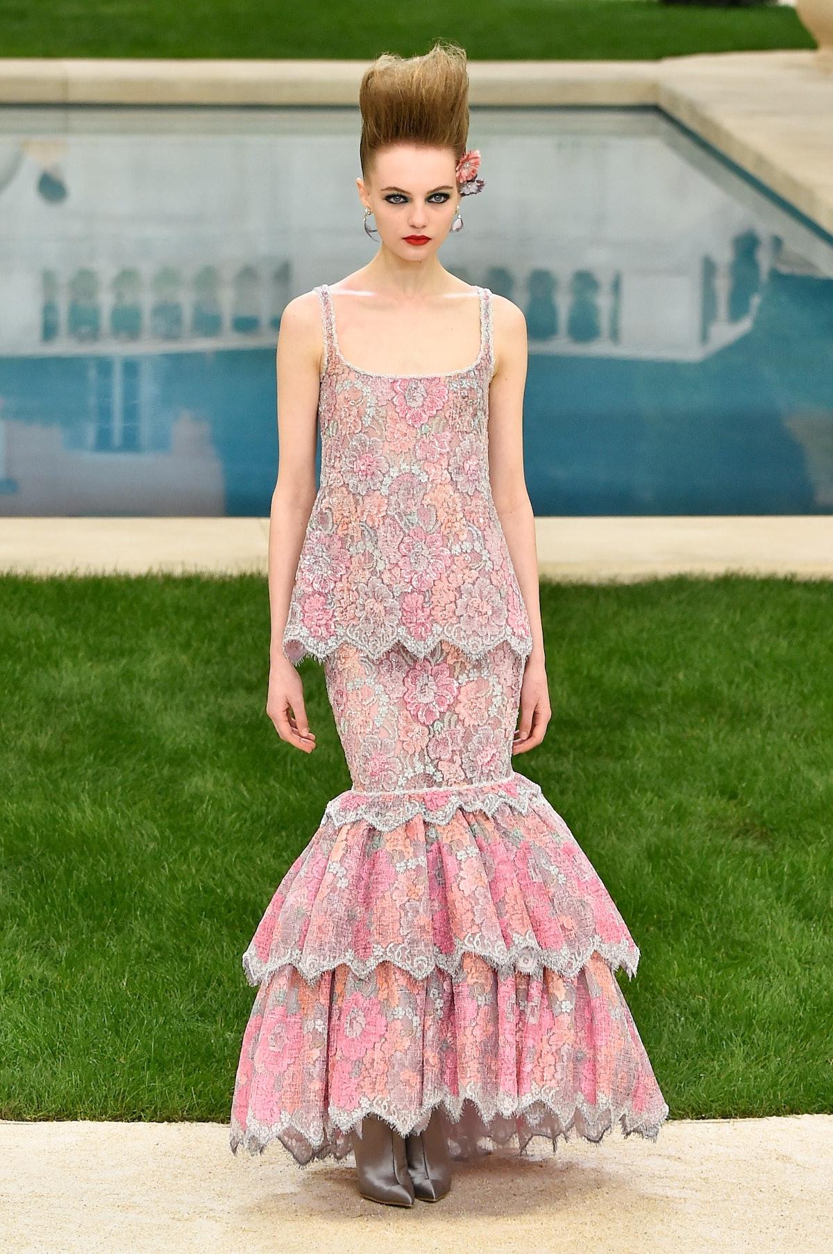 Chanel : Runway - Paris Fashion Week - Haute Couture Spring Summer 2019