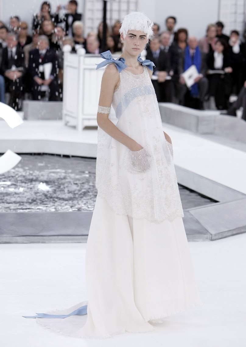 Paris Fashion Week - Haute Couture Spring/Summer 2005 - Chanel - Show