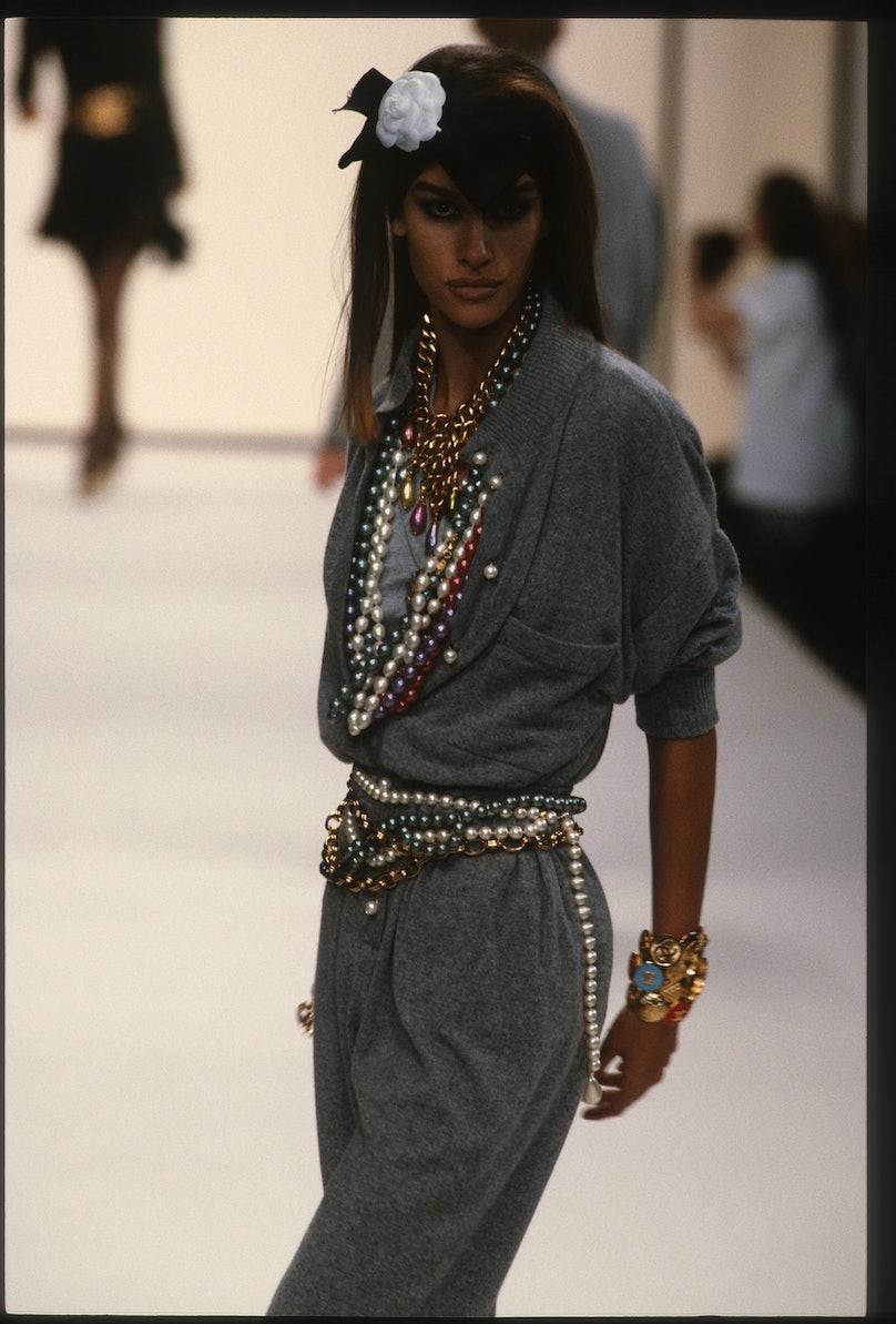 Chanel - Runway - Ready To Wear Fall/Winter 1991-1992