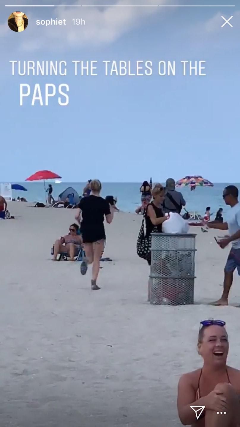 Sophie Turner paparazzi 3