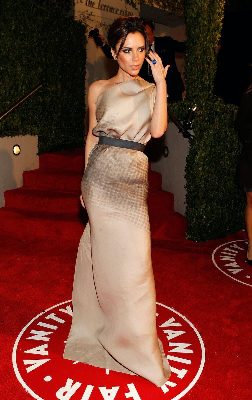 2010 Vanity Fair Oscar Party Hosted By Graydon Carter - Roaming Arrivals