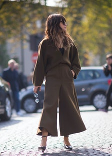 Street Style - Paris Fashion Week - Womenswear Spring/Summer 2016 : Day Six
