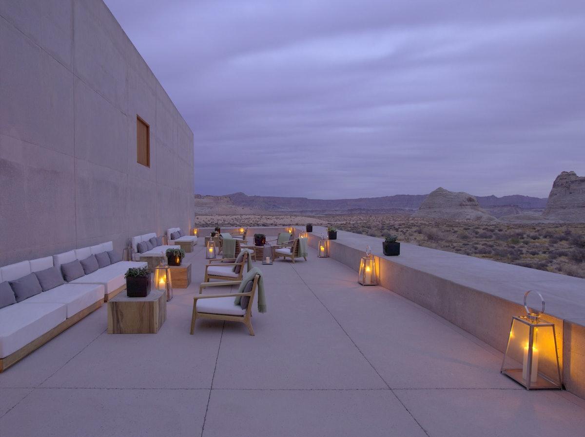 Desert Lounge Dusk