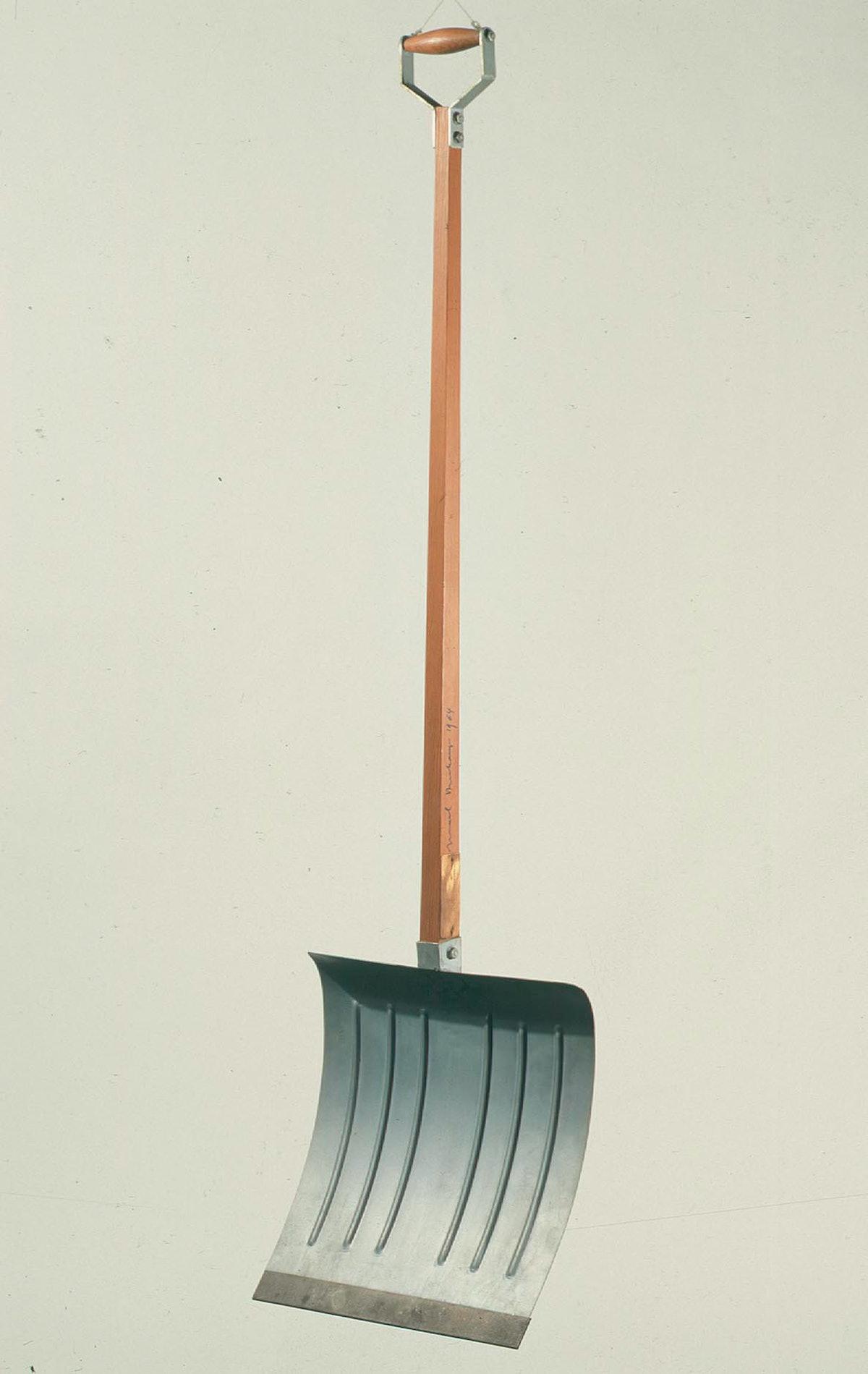 Duchamp-Marcel--In-advance-of-broken-arm-inv.-9736-H497.jpg
