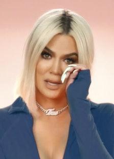 Khloé Kardashian crying
