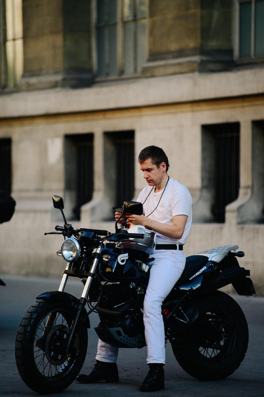 Adam-Katz-Sinding-W-Magazine-Paris-Fashion-Week-Mens-Spring-Summer-2020_AKS9429.jpg