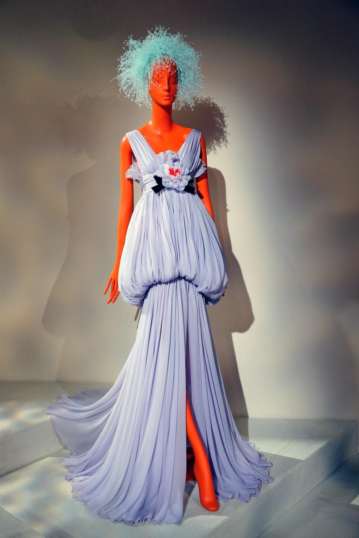Giambattista Valli : Runway - Paris Fashion Week - Haute Couture Fall/Winter 2019/2020