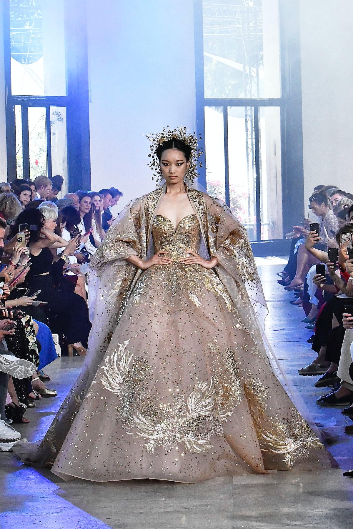 Elie Saab : Runway - Paris Fashion Week - Haute Couture Fall/Winter 2019/2020
