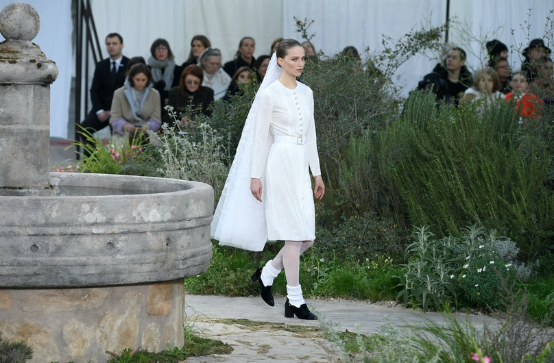 A model closing Chanel couture spring 2020