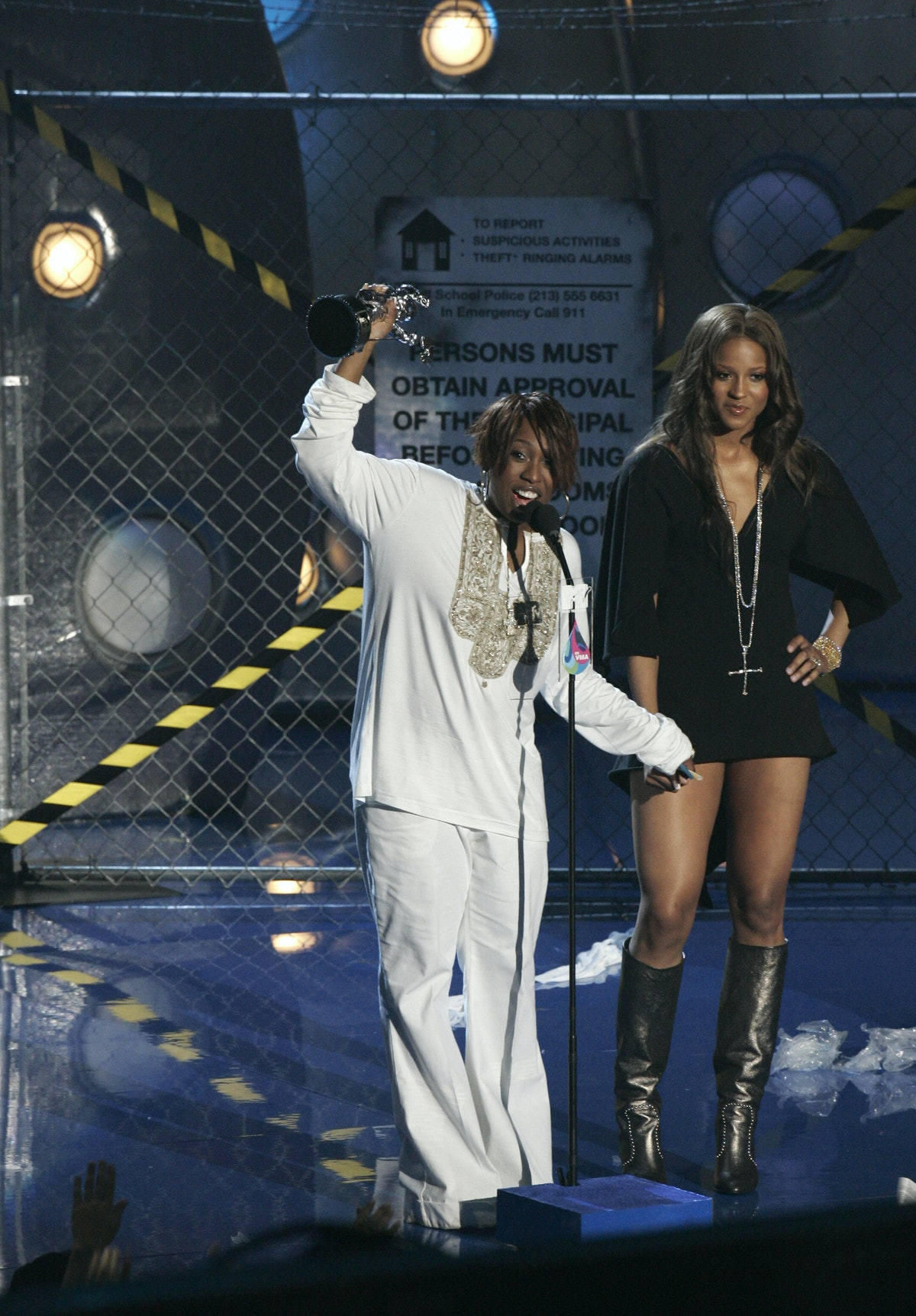 US singers Missy Elliott and Ciara accep
