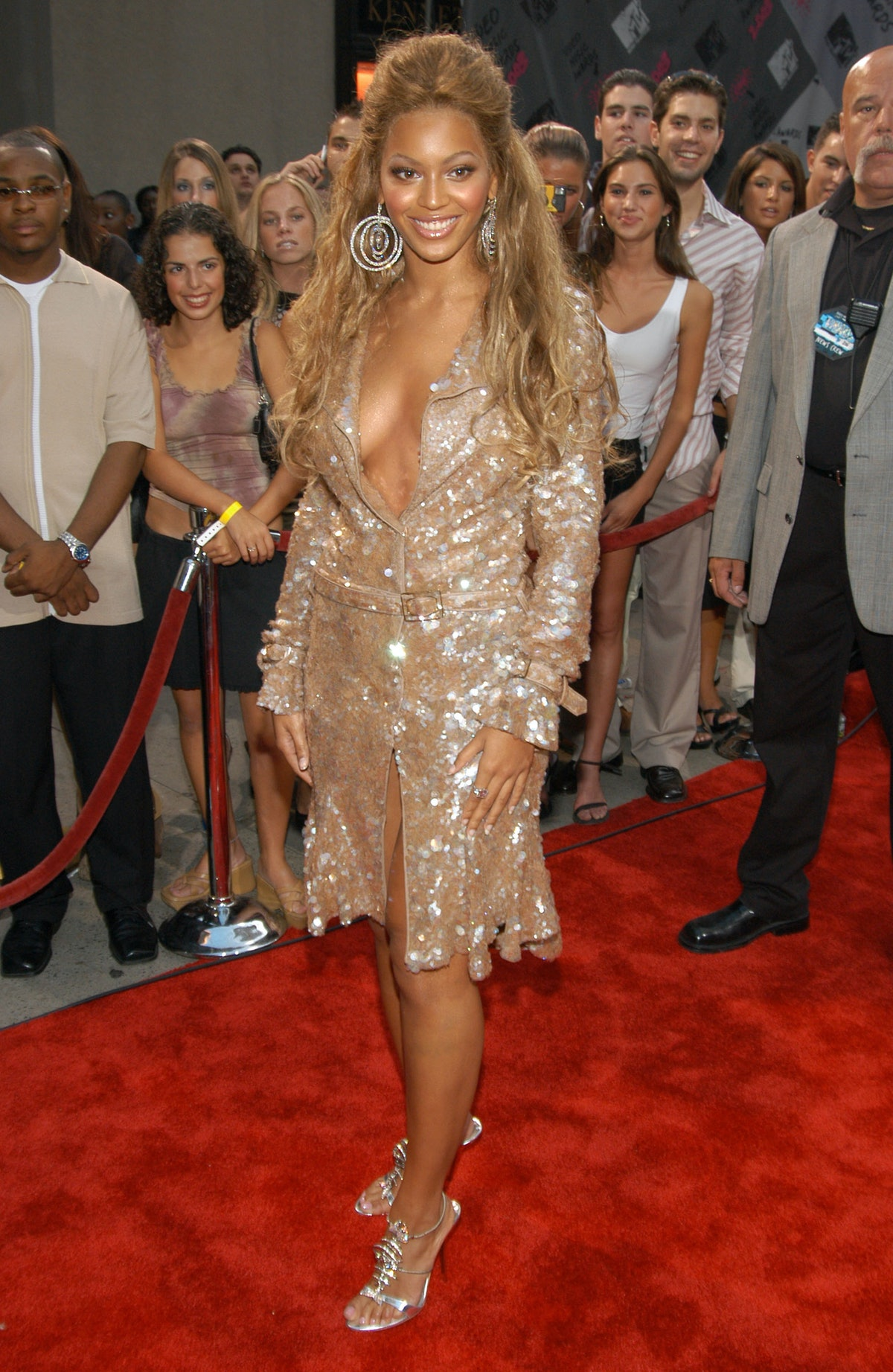2003 MTV Video Music Awards - Red Carpet