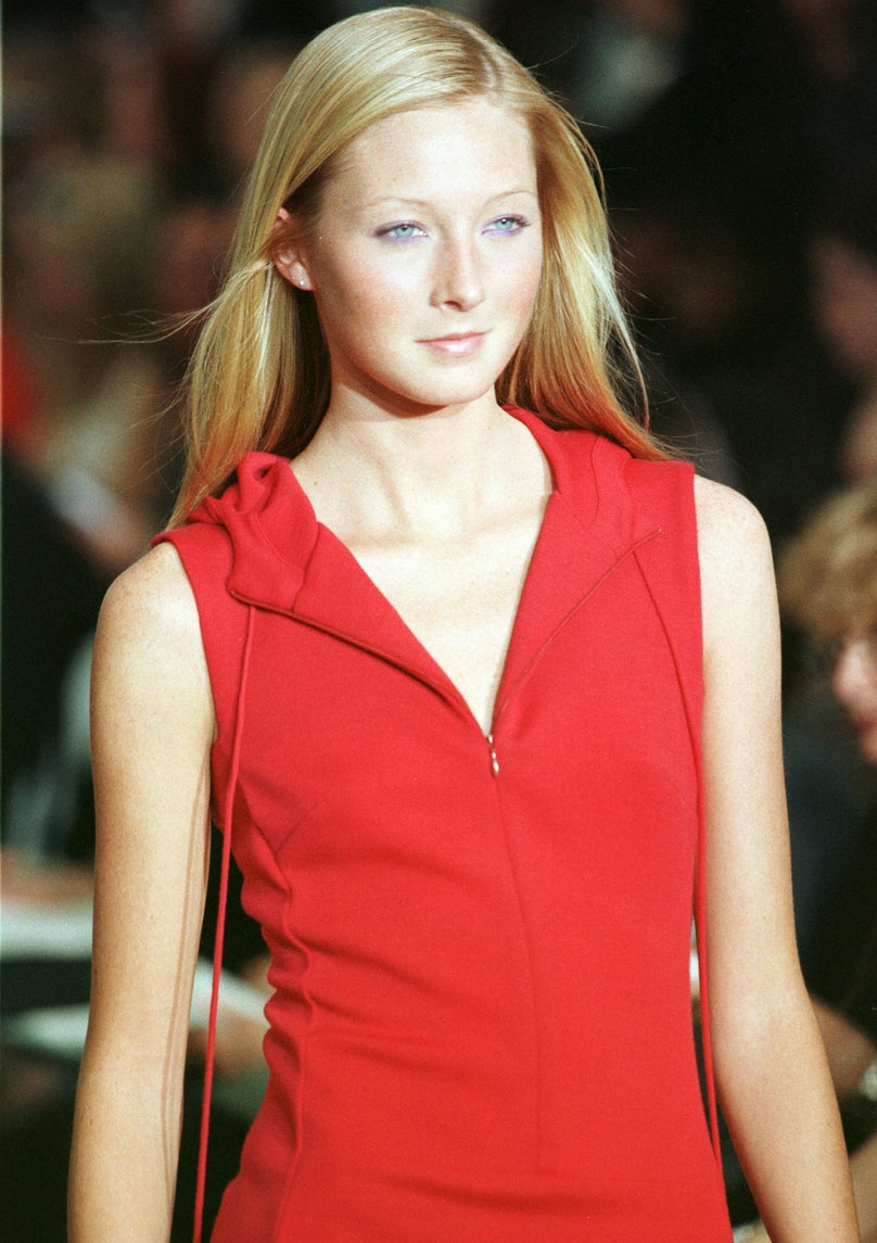 Model In A Red Hooded Top Walks The Runway At The Nicole Miller Fall/Winter 1999 Fashion Show In N