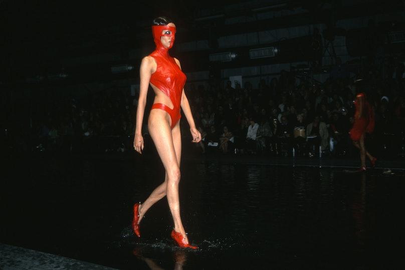 Alexander McQueen Spring 2000 Fashion Show