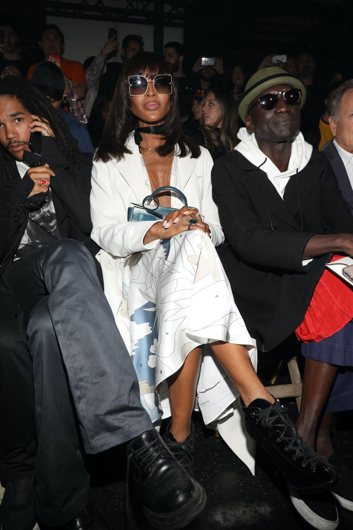 Off-White : Front Row -  Paris Fashion Week - Womenswear Spring Summer 2020
