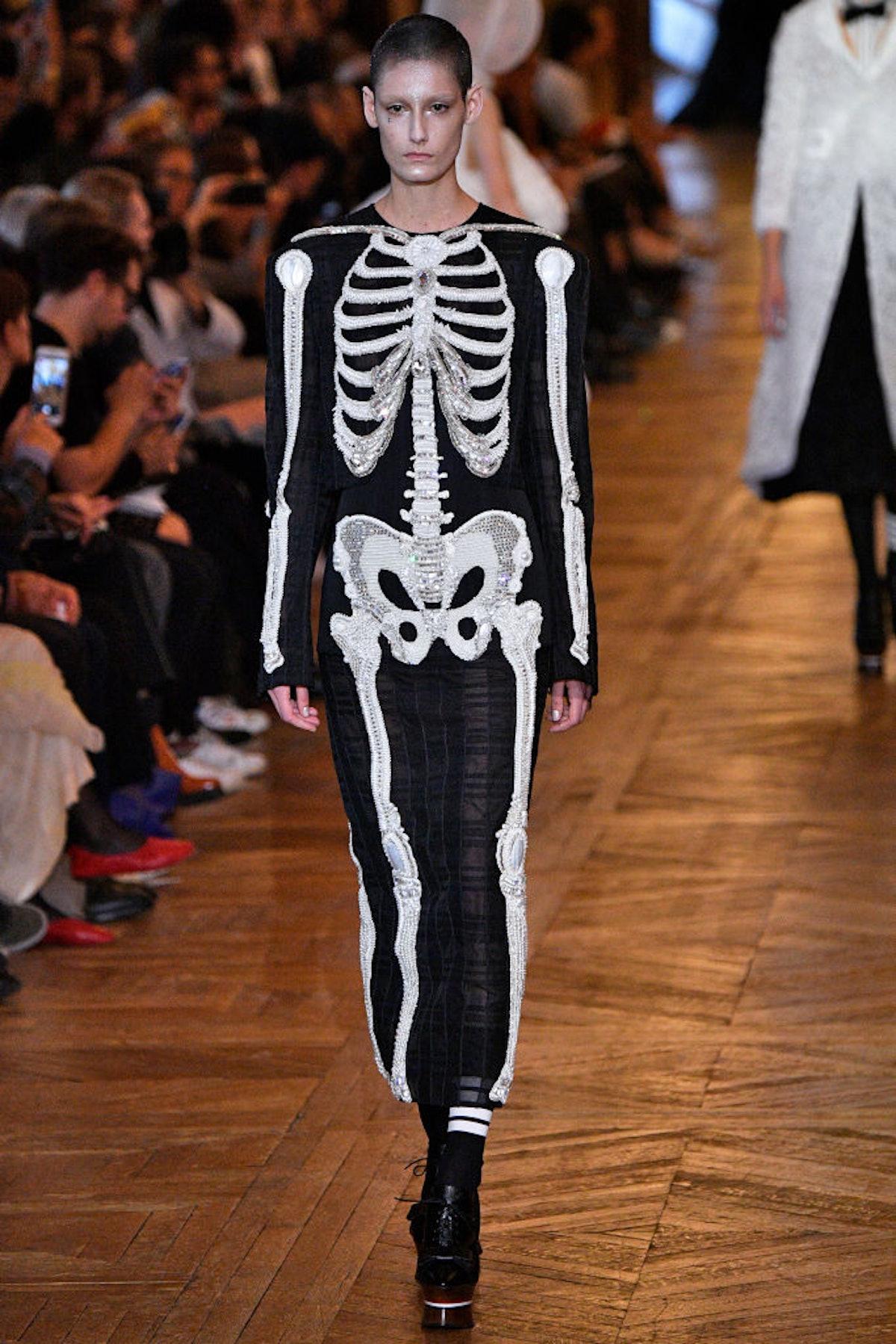 Thom Browne : Runway - Paris Fashion Week Womenswear Spring/Summer 2018
