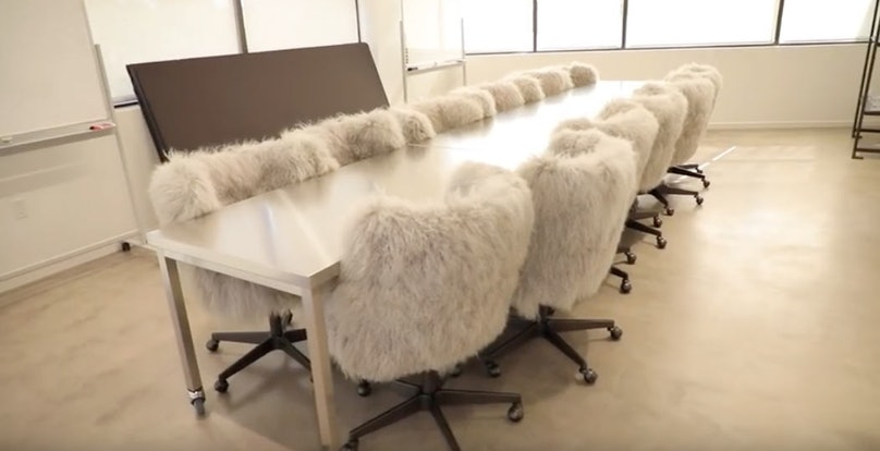 kylie-jenner-office-chairs.jpg