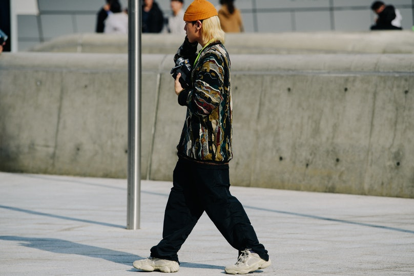 Adam-Katz-Sinding-W-Magazine-Seoul-Fashion-Week-Spring-Summer-2020_AKS8982.jpg