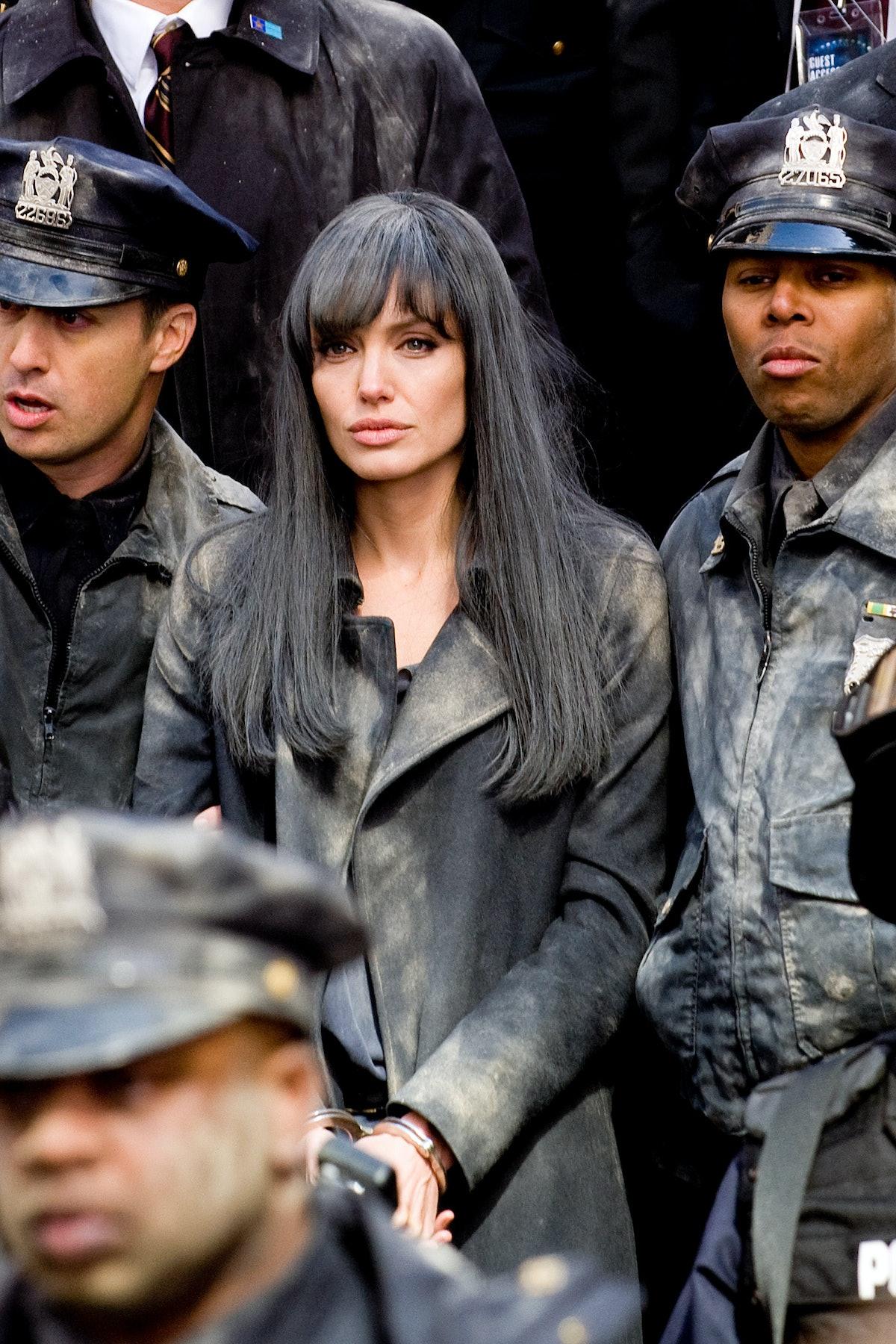 SALT, center: Angelina Jolie, 2010. ph: Andrew Schwartz/©Columbia Pictures/Courtesy Everett Collecti
