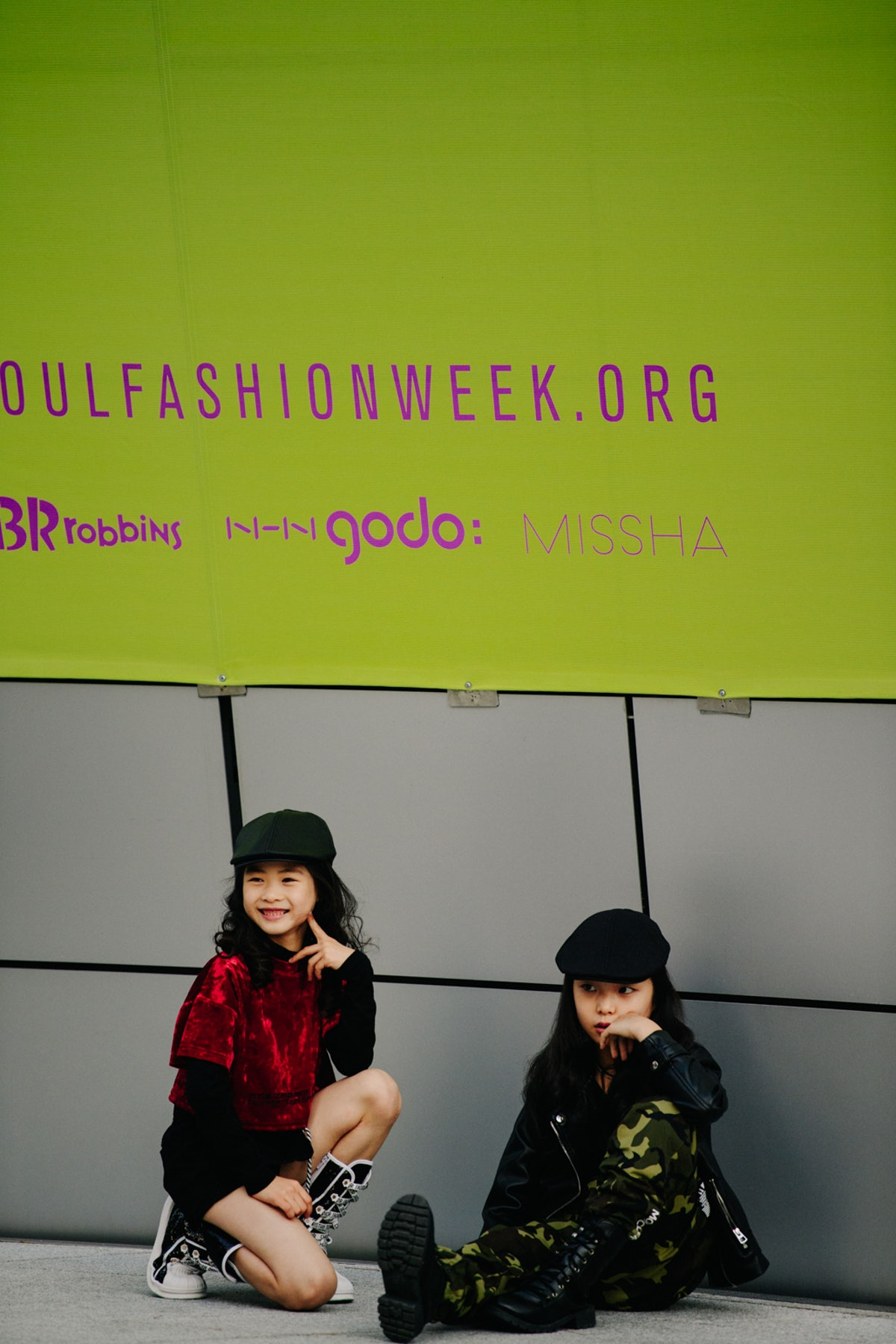 Adam-Katz-Sinding-W-Magazine-Seoul-Fashion-Week-Spring-Summer-2020_AKS0723.jpg