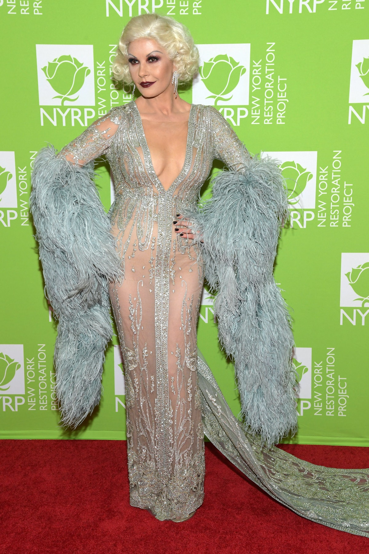 Bette Midler's Hulaween To Benefit NY Restoration Project