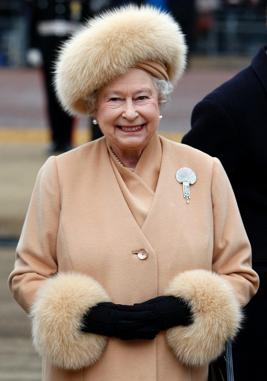 The Queen Unveils The New Statue Of Queen Elizabeth, The Queen Mother