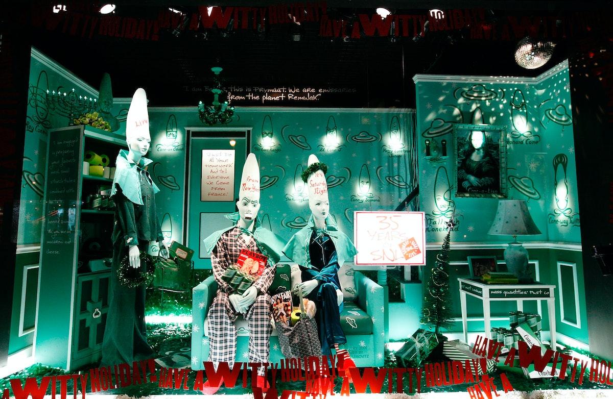 Barneys New York Unveils 2009  Holiday Window Celebrating 35 Years of SNL
