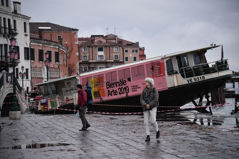 TOPSHOT-ITALY-WEATHER-FLOODING-ALTA ACQUA-HIGH WATER-VENICE