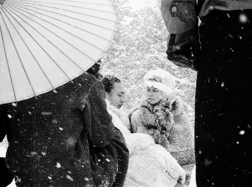 Veruschka+sumo 1966©Gideon Lewin.jpg