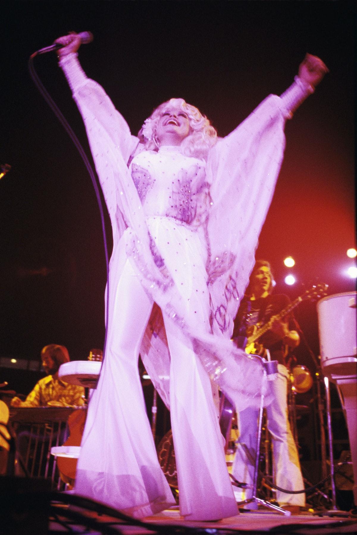 Dolly Parton Performs at Tech Coliseum - October 22, 1977