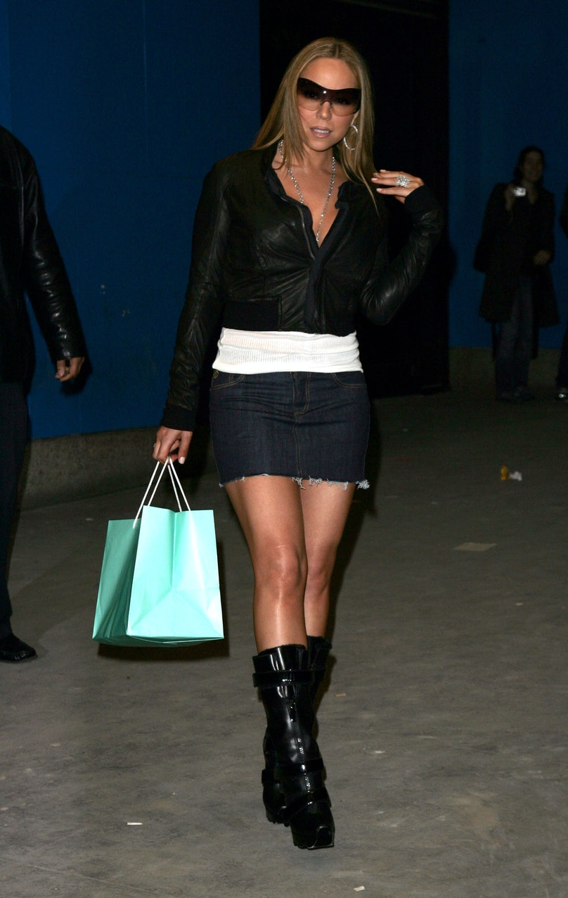 "Mariah Carey Sighting Outside MTV's ""TRL"" Studios - April 12, 2006"