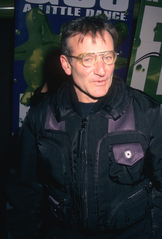 Robin Williams wearing Issey Miyake