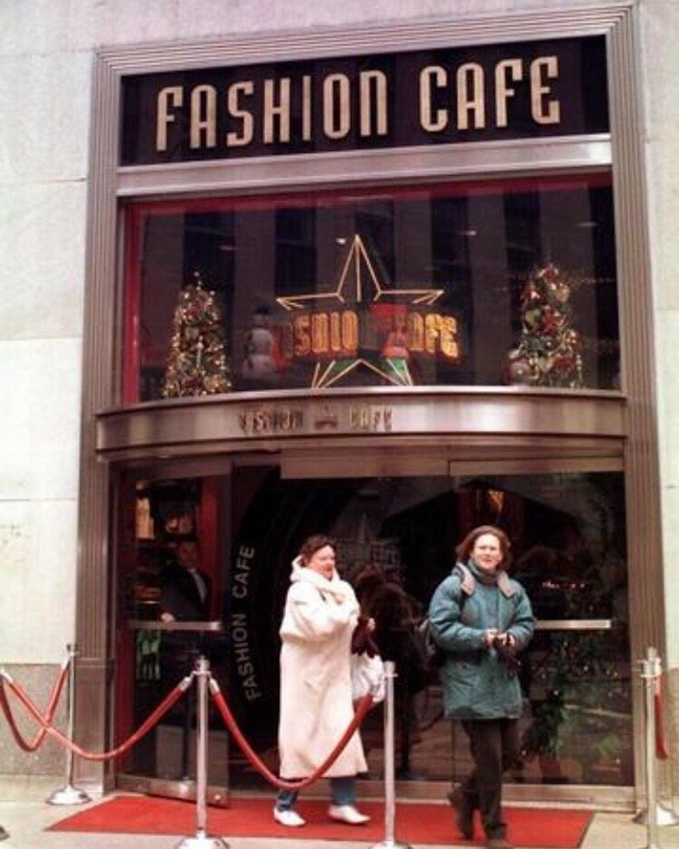 The Fashion Café