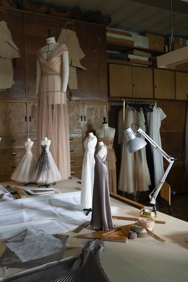 Dior behind the scenes couture