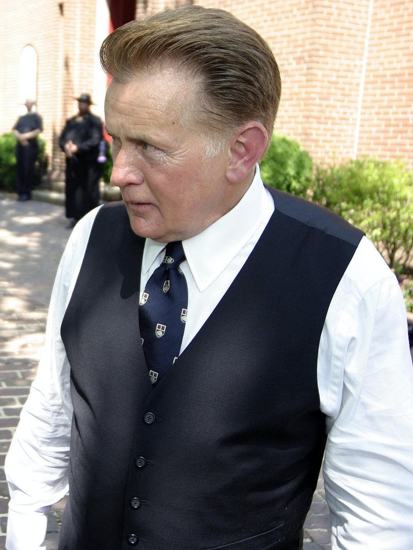 """Martin Sheen on set of """"The West Wing"""""""