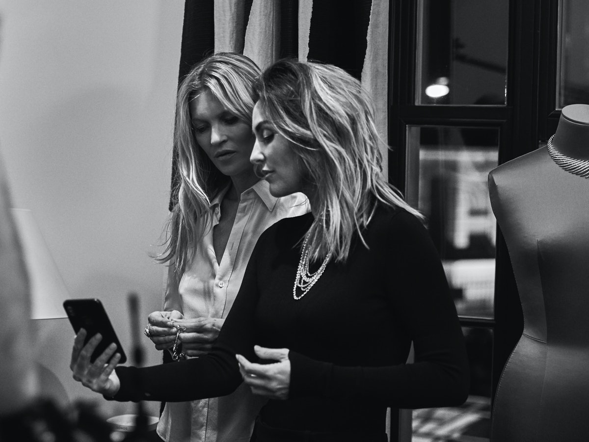 BTS KATE MOSS AND VALERIE MESSIKA FOR MESSIKA SHOT BY MARIN LABORDE (6)