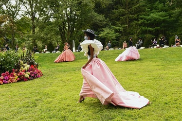 Models in Christian Siriano's backyard