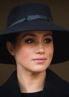 meghan markle in a black hat