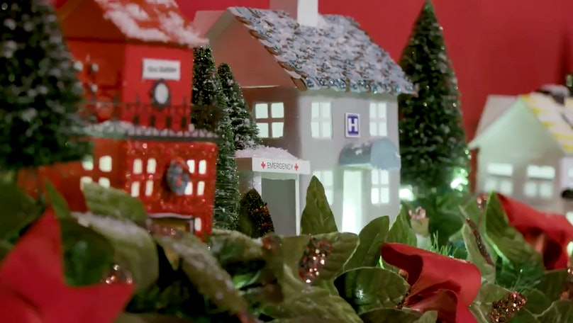 A close-up of Melania Trump's Christmas decorations