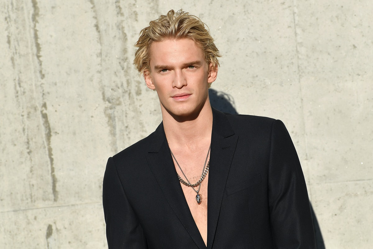 Cody Simpson in a necklace.