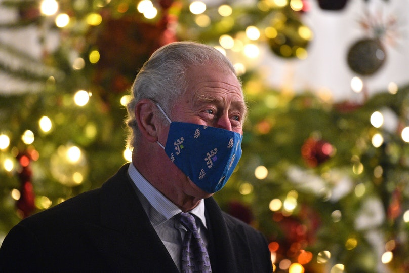 Prince Charles wearing a face mask