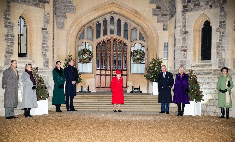 The royals social distancing