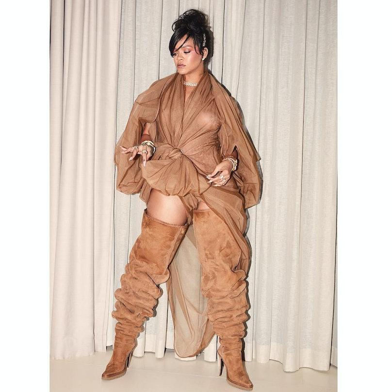Rihanna wearing Uggs