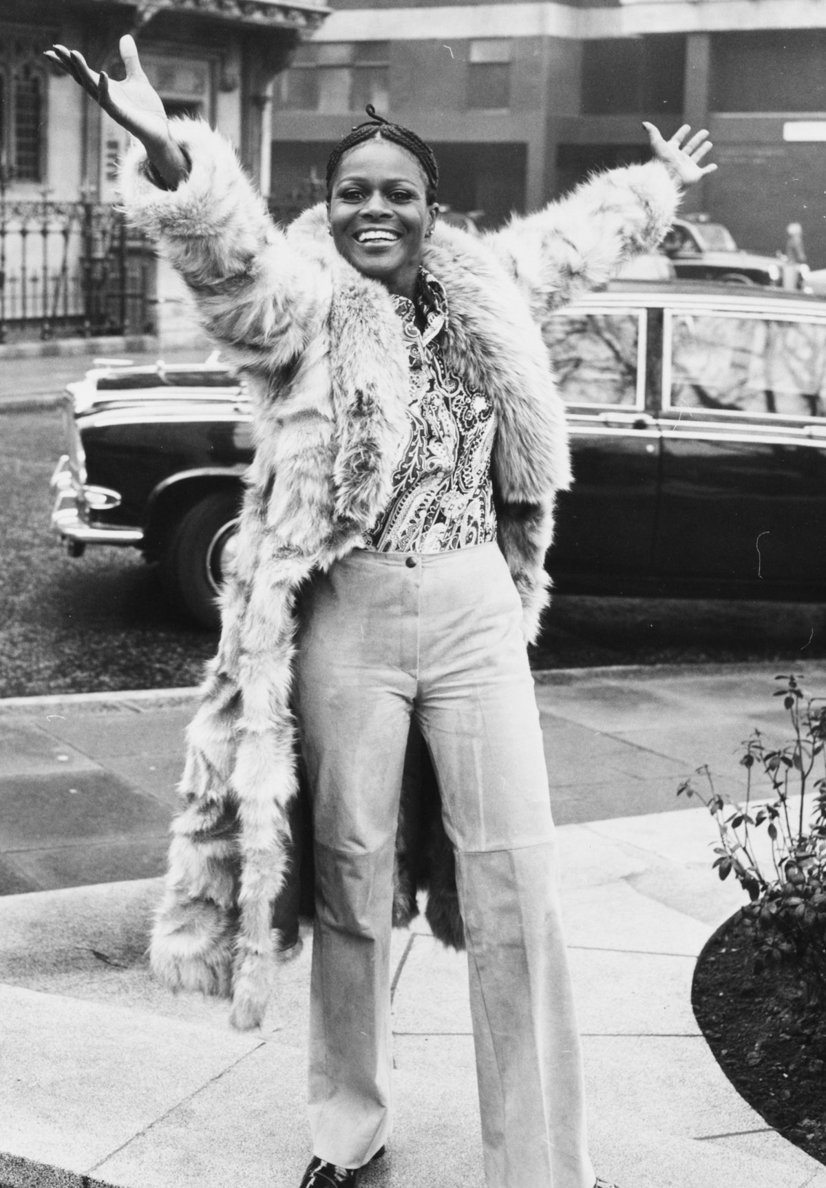 cicely tyson with arms outstretched